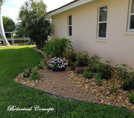 VeroBeach_BotanicalConcepts_landscapes_decorative_pot_gravelbed